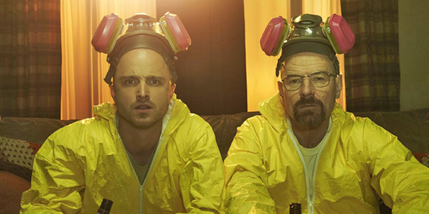 22_breaking-bad-pic8-with-bryan-cranston