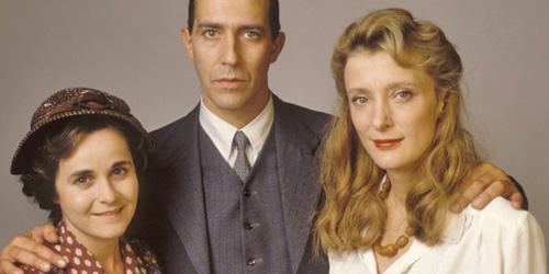 04_the-man-who-cried-pic1-with-ciaran-hinds-kate-buffery