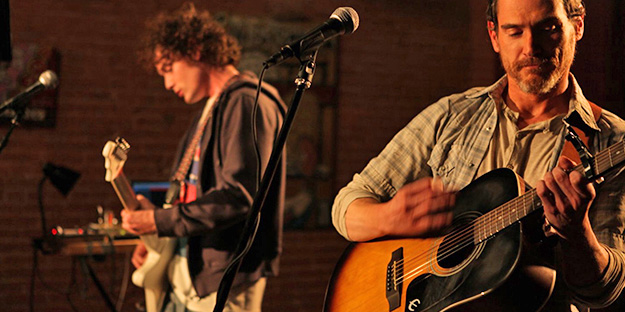 18_rudderless-pic1-with-billy-crudup