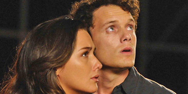 28_odd-thomas-pic3-with-addison-timlin