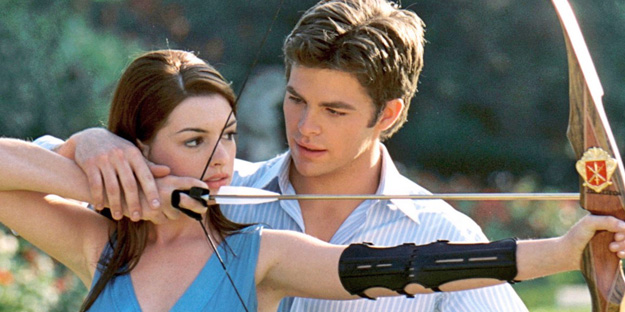 15_the-princess-diaries-2-royal-engagement-pic1-with-anne-hathaway