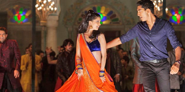 _0003_the-second-best-exotic-marigold-hotel-pic2-with-tina-desai