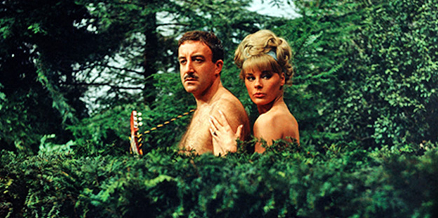 _0056_elke-sommer-a-shot-in-the-dark-pic3-with-peter-sellers