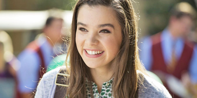 _hailee_steinfield_top-pic-pitch-perfect