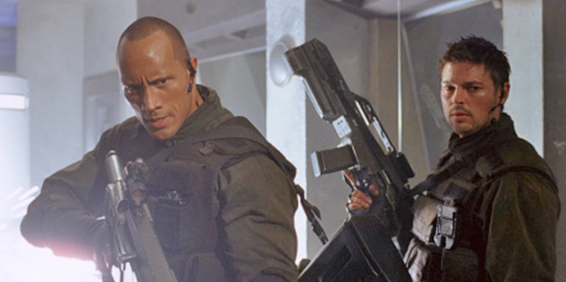 37_doom-pic3-with-dwayne-johnson