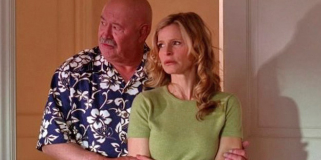 14_the-closer-pic3-with-barry-corbin