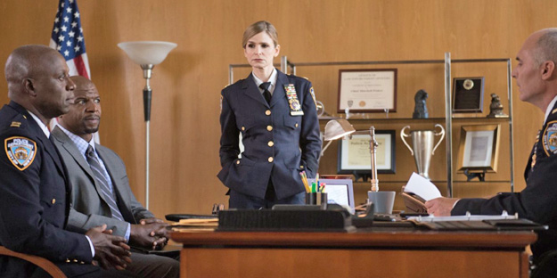 28_brooklyn-nine-nine-pic2-with-andre-braugher-terry-crews-and-s-e-perry