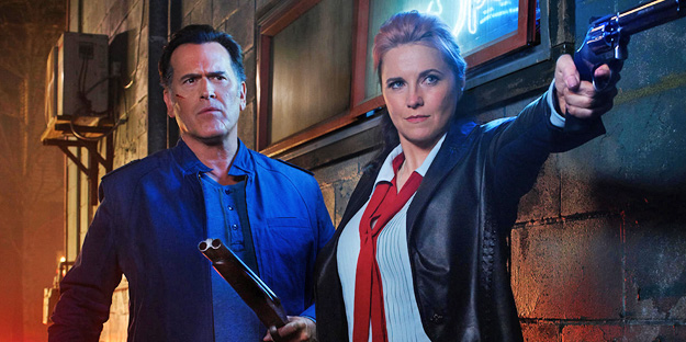 _0041_ash-vs-the-evil-dead-pic1-with-bruce-campbell