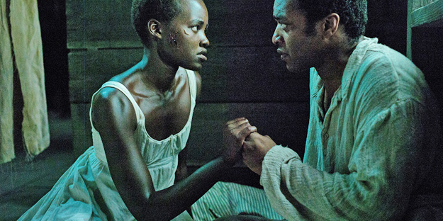 _0000_lupita-nyongo%20-%2012%20years%20a%20slave%20-%20pic2%20-%20with%20chiwetel%20ejiofor