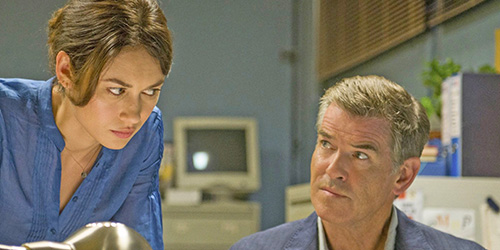 the_november_man_pic3_with_pierce_brosnan