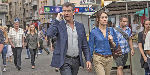 the_november_man_pic5_with_pierce_brosnan