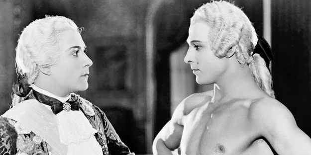 _0007_rudolph-valentino-the-young-rajah-pic2