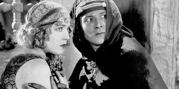 _0028_rudolph-valentino-son-of-the-sheik-pic1