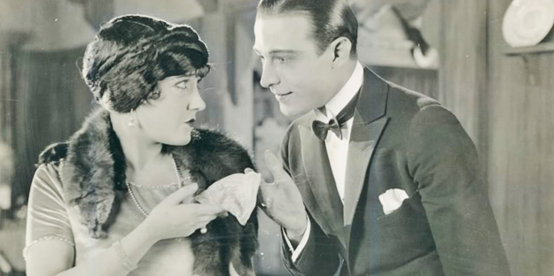 _0053_rudolph-valentino-beyond-the-rocks-pic4-with-gloria-swanson