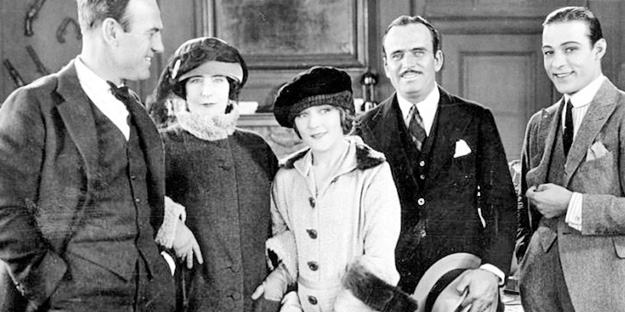 _0055_rudolph-valentino-beyond-the-rocks-pic2-with-sam-wood%2Belinor-glyn%2Bmary-pickford%2Bdouglas-fairbanks