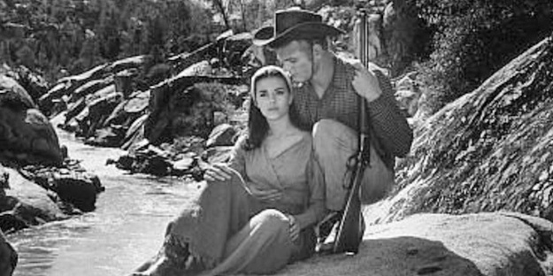 10_the-burning-hills-pic1-with-natalie-wood