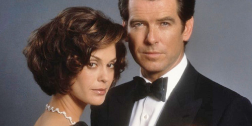 01_tomorrow-never-dies-pic1-with-pierce-brosnan