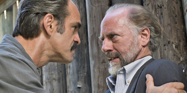 00_the-walking-dead-pic1-with-steven-ogg