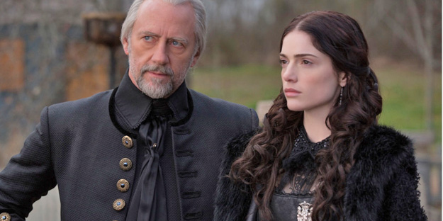 11_salem-pic2-with-janet-montgomery