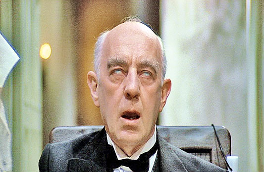 alec guinness height